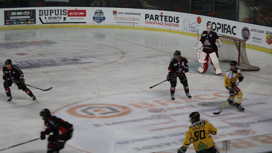 Les Boxers de Bordeaux ont été fébriles en défense face aux Dragons de Rouen.