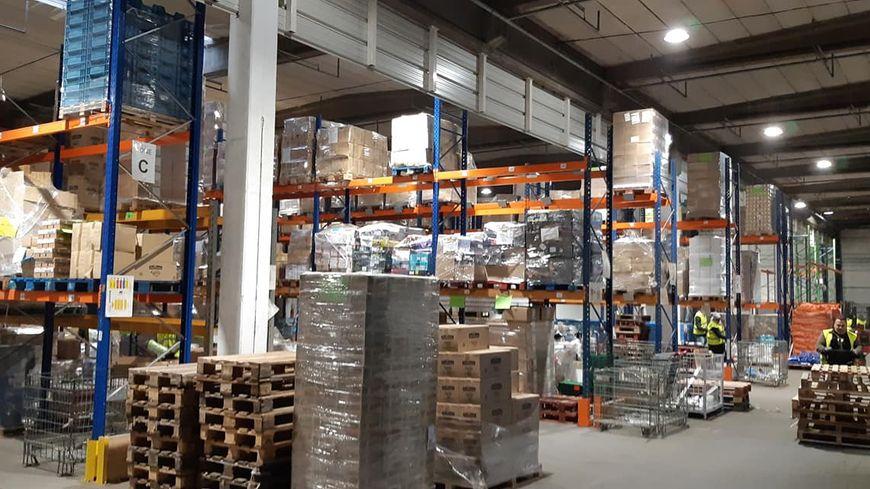 Vue de l'entrepôt du centre de logistique de Wattrelos
