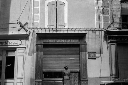 Photo non datée de la boulangerie de Pont-Saint-Esprit, où plusieurs personnes furent victimes d'un empoisonnement.