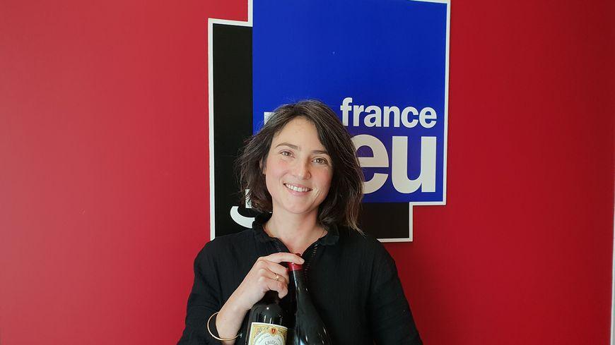 Rachel Hubert Galand dans les studios de France Bleu Gironde