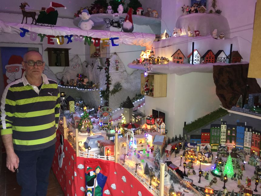 Le village de Noël de Pascal est visible tous les soirs au 88 rue Georges Pompidou
