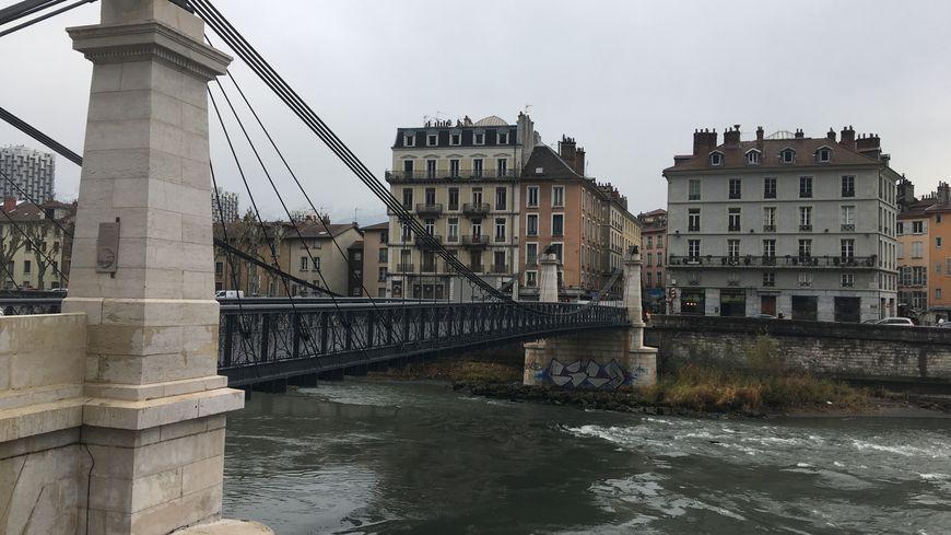 Le plus ancien pont de Grenoble a fait l'objet d'importants travaux pendant plus d'un an