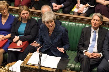Theresa May devant la Chambre des Communes ce 12 décembre lors de la séance des Questions au Premier ministre