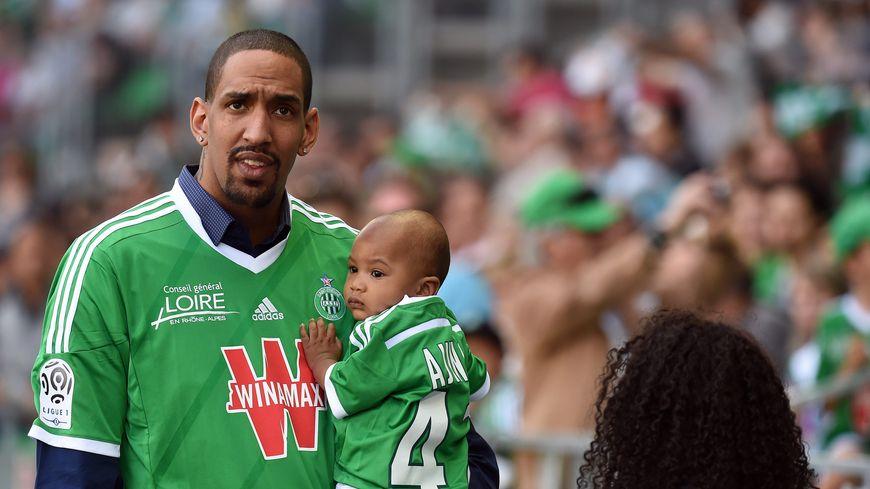 Alexis Ajinca, le Stéphanois fan des Verts, de retour en France.