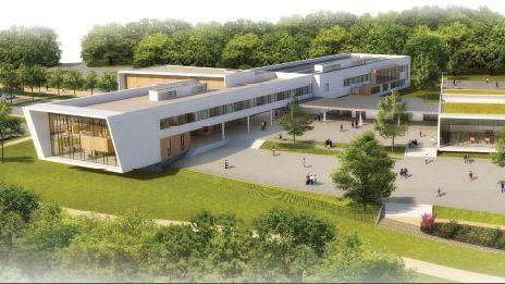 Vue du futur collège de Bressuire depuis la coulée verte