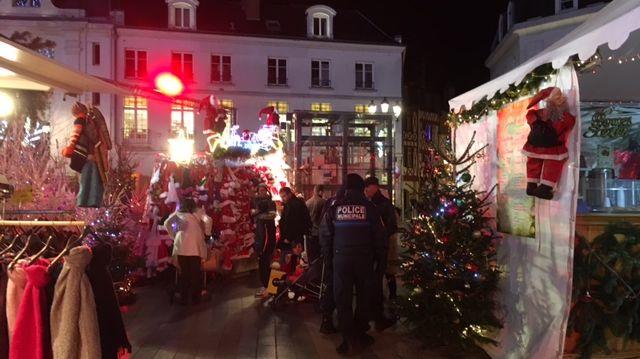 Plus de policiers municipaux et d'agents de sécurité sur le marché de Noel d'Orléans