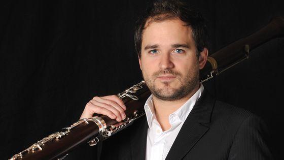 Julien Hardy est professeur de basson au CNSM de Lyon ainsi que bassoniste solo de l'Orchestre Philharmonique de Radio France