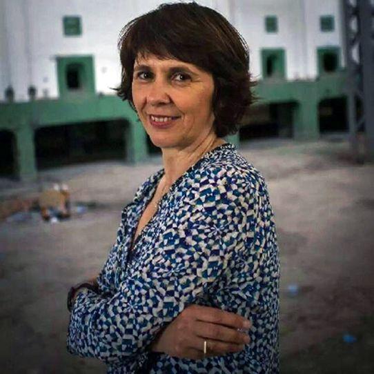 """Fabienne Pavia, éditrice au """"Bec en l'air"""""""