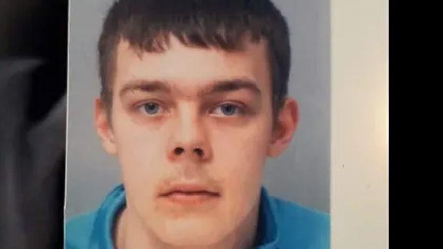 Le jeune homme de 20 ans est sain et sauf.