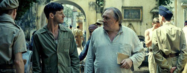 """Gaspard Ulliel et Gérard Depardieu dans """"Les Confins du monde"""" de Guillaume Nicloux (sortie le 05 décembre 2018)"""