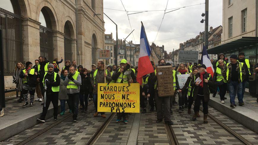 Une manifestation de gilets jaunes était organisée ce samedi dasn le centre-ville de Besançon