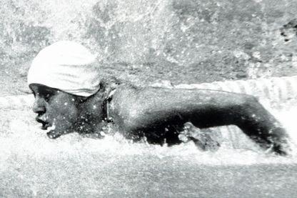 Kornelia Ender, en compétition olympique à Montréal, en 1976, en course pour la médaille d'or !