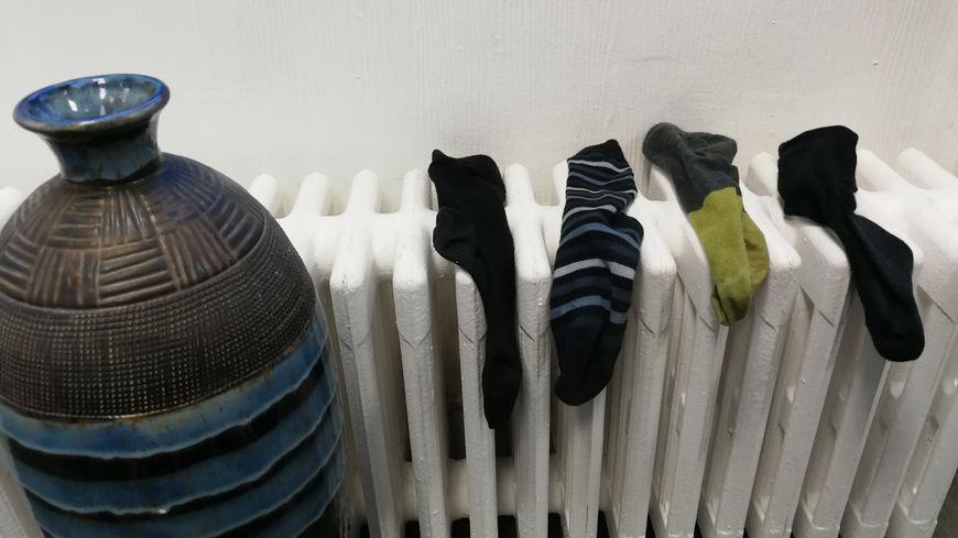 """Les vieilles chaussettes de France Bleu pourraient elles aussi finir dans les mailles d'Éco-Friendly 21 et de l'association """"Chaussettes orphelines""""."""