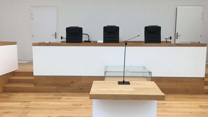 Le tribunal correctionnel de Limoges a condamné deux parents pour des sévices commis sur trois enfants.