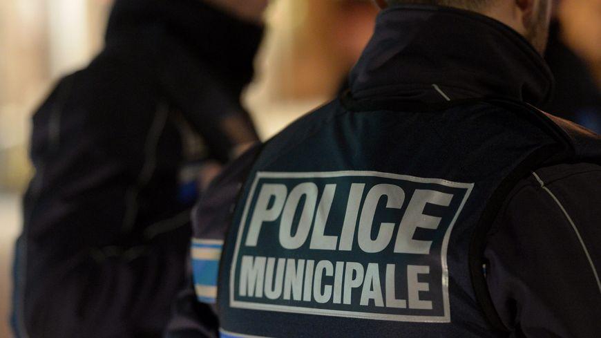 Trois jeunes ont été interpellés ces derniers jours à Tours. Ils volaient les téléphones en dansant autour de leurs victimes.