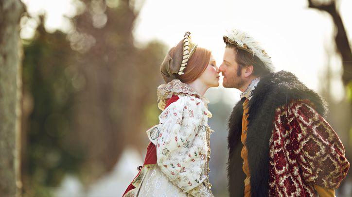 Le premier baiser, baiser royal.