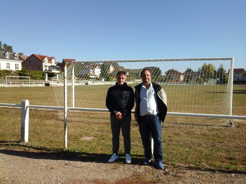 Jean-François (éducateur sportif) et Gilles (président du foot)
