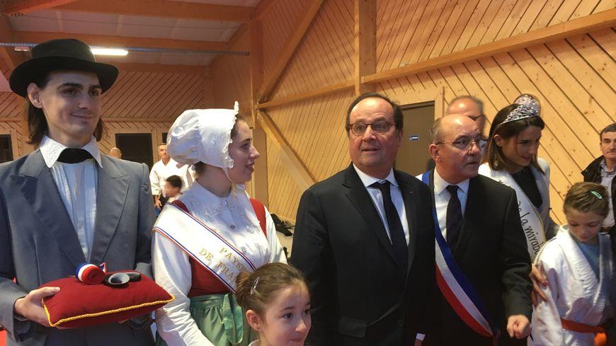 François Hollande lors de l'inauguration du dojo Pierre de Coubertin à Talange, le mercredi 12 décembre 2018.