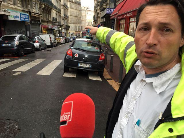 L'urbaniste Nicolas Mémain, grand connaisseur de l'histoire marseillaise, remonte le temps et la rue d'Aubagne. Visite guidée dans centre de Marseille encore traumatisé par le drame du 5 novembre.