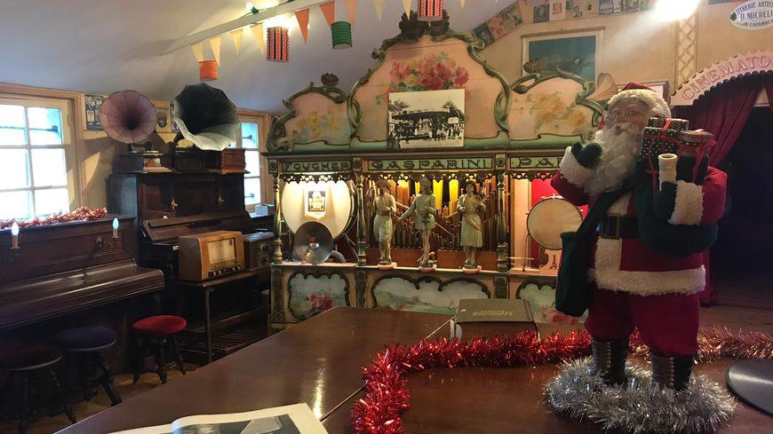 Le musée de musique mécanique de Dollon s'est mis à l'heure de Noël