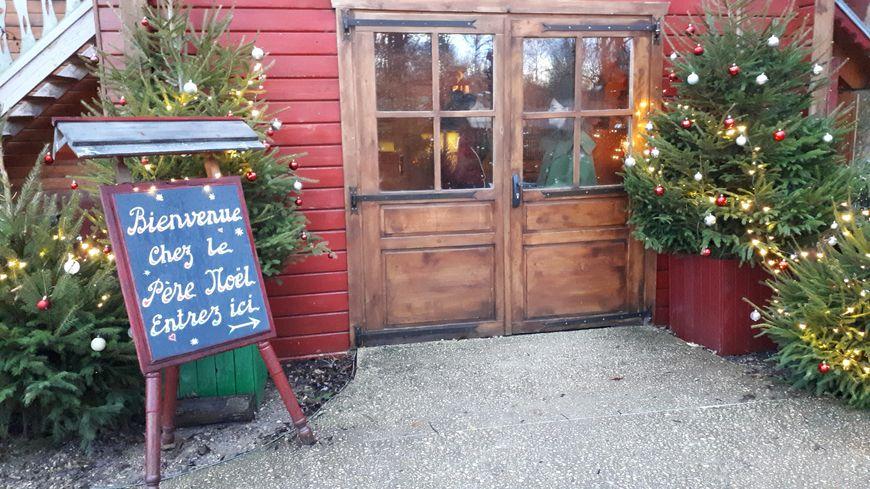 L'entrée du la maison du Père Noël