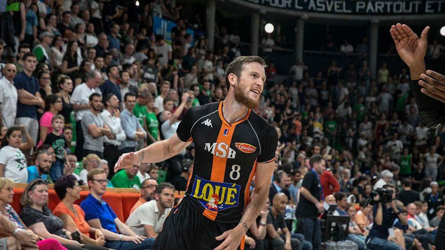 Antoine Eito sous le maillot du Mans Sarthe Basket