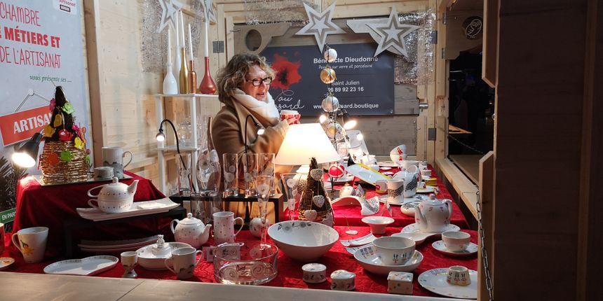 Premier marché de Noël pour Bénédicte Dieudonné, artisane à Saint-Julien