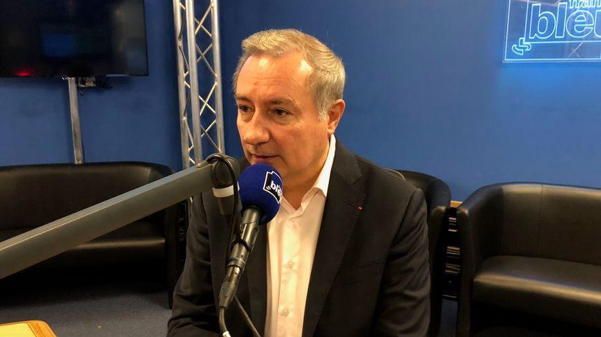 Jean-Luc Moudenc dans les studios de France Bleu Occitanie