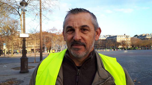 """Thierry, 55 ans, """"gilet jaune"""" de Rambouillet venu à Paris samedi"""