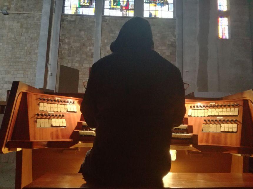 Gildas Vijay Rousseau veut montrer une autre image de l'orgue.