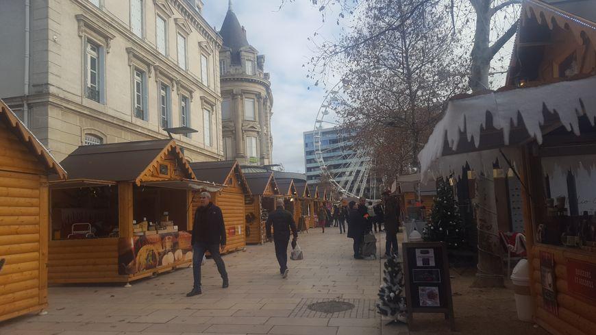 Une fréquentation timide dans les allées du marché de Noël de Valence selon les exposants