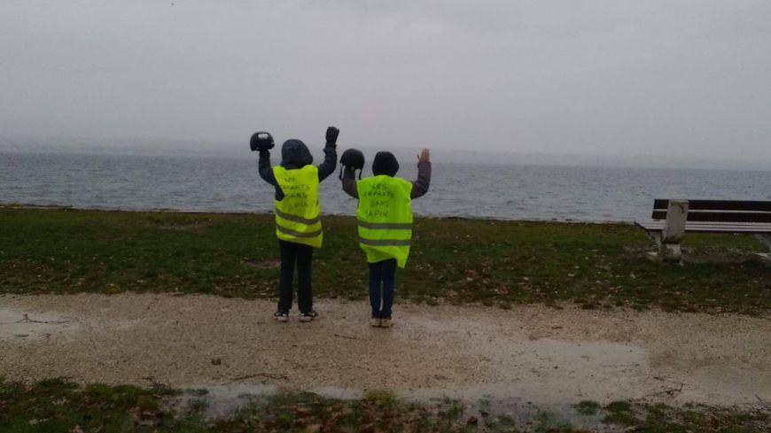 Pascal Dibartolo et ses deux fils de 10 et 11 ans vont essayer de rejoindre l'Élysée à vélo, en partant de Chablais (Haute-Savoie)