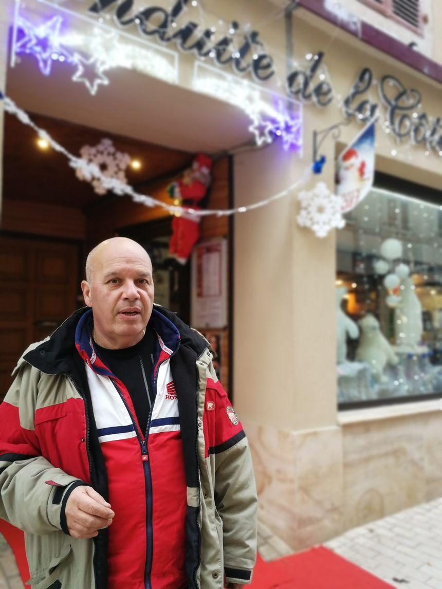 Thierry Donzel alerte depuis des années sur les infiltrations d'eau dans cet immeuble