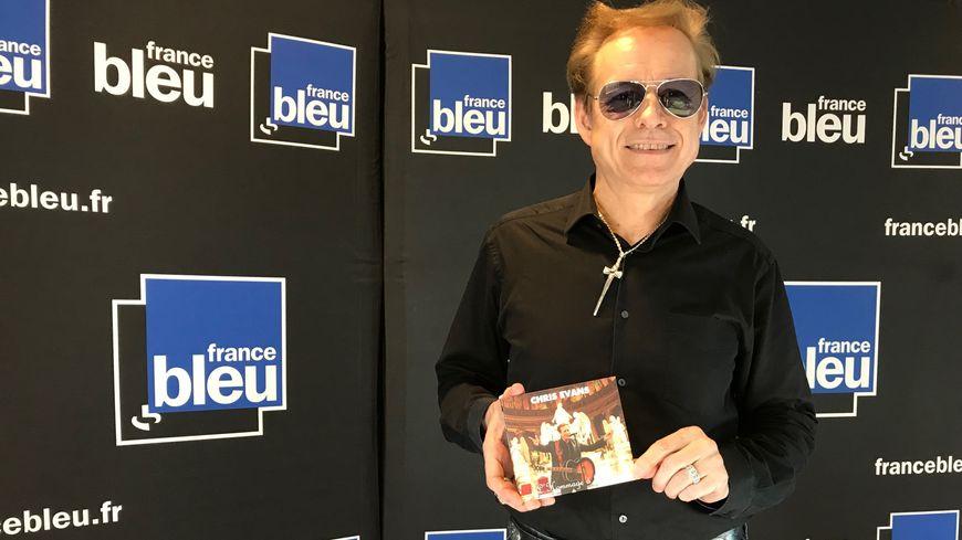 Chris Evans vient de sortir un album de reprises de Johnny.