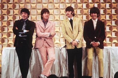 Paul McCartney, John Lennon, Ringo Starr et George Harrison ici en 1966