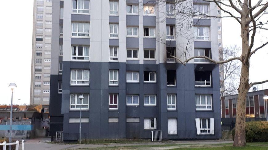 Incendie immeuble cité Paul Eluard à Bobigny le jeudi 27 décembre