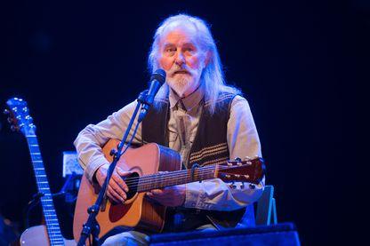 Le musicien Roy Harper se produit au Royal Albert Hall le 12 septembre 2016 à Londres