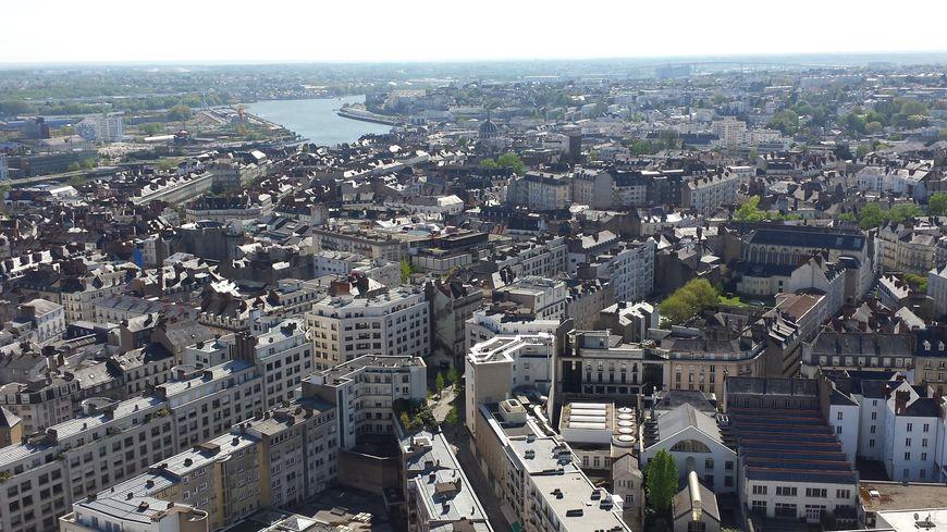 La ville de Nantes comptait 306 694 habitants au 1er janvier 2016