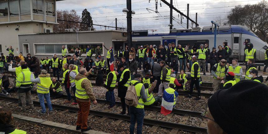 Sur les voies à la gare de Dijon