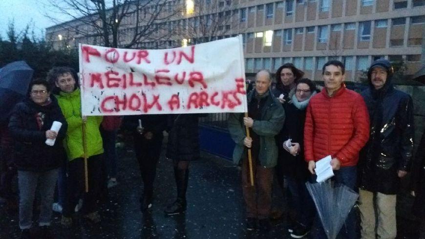 Des enseignants ont bloqué le lycée Arcisse de Caumont à Bayeux ce vendredi 21 décembre 2018