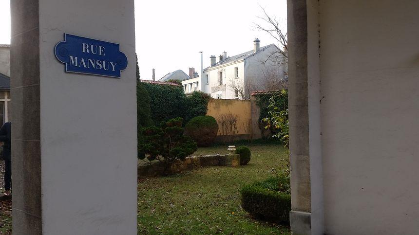La rue Mansuy est devenue un jardin