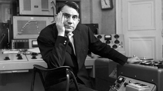 Le compositeur Pierre Schaeffer en 1961 © Robert Doisneau-Gamma Rapho