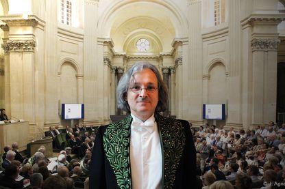 Etienne Ghys mathématicien et secrétaire perpétuel de l'Académie des sciences