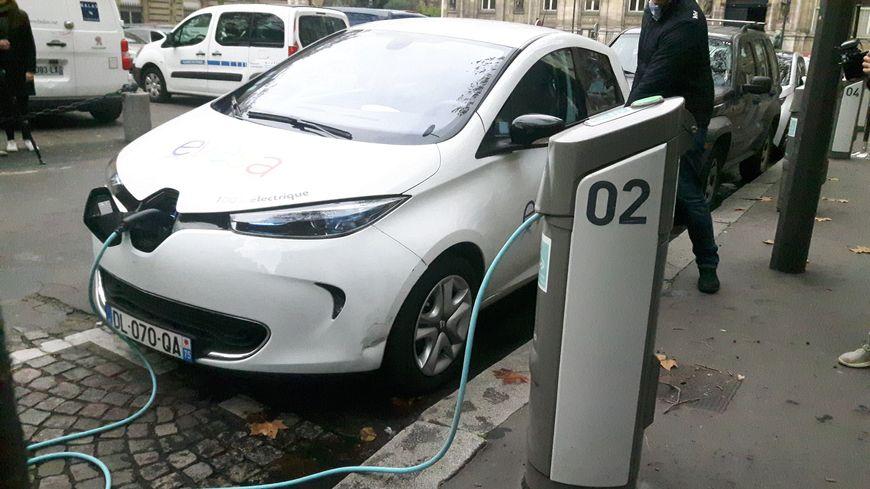 paris : 1.000 bornes de recharge autolib' remises en service