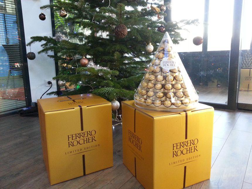Pyramide Ferrero Rocher limited edition