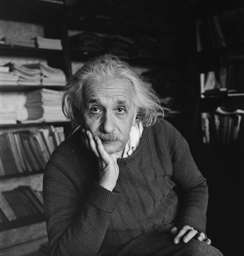 Portrait d'Albert Einstein, en 1944. Le physicien allemand meurt le 18 avril 1955 à Princeton.