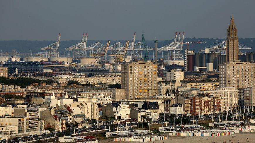 La ville la plus peuplée de Normandie est Le Havre avec 170.352 habitants.
