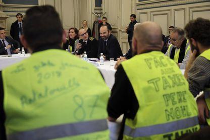 Le Premier Ministre Edouard Philippe lors d'une réunion avec des Gilets Jaunes à l'Hotel de Ville de Limoges, 21 décembre 2018.
