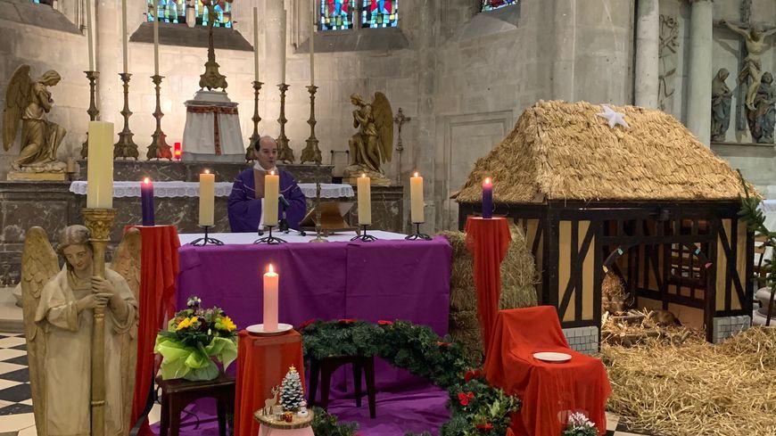 Le père Christophe Roure va célébrer quatre messes en deux jours.