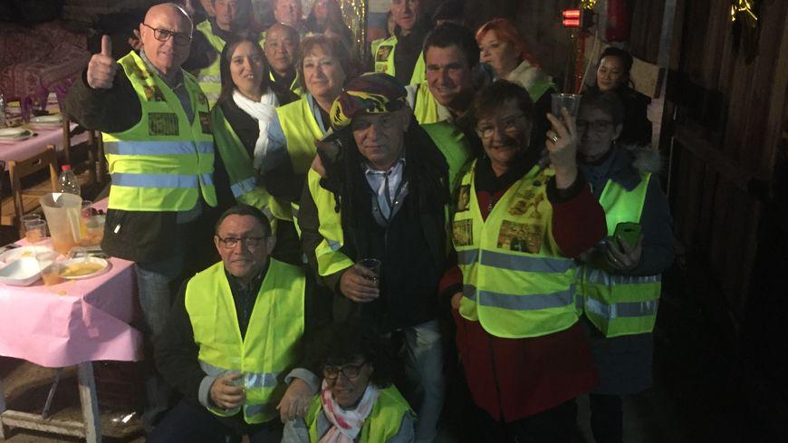Les gilets jaunes réunis à Maurens pour fêter le nouvel an